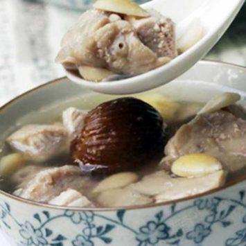 Almond-Soup-w