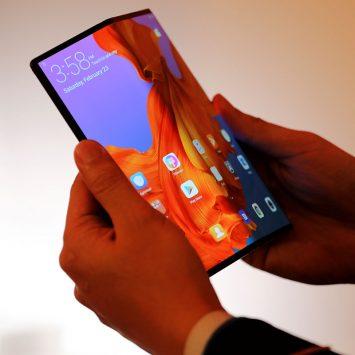 Huawei-Mate-X-w